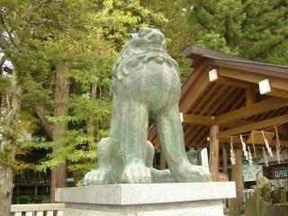 06諏訪大社本宮.jpg